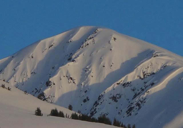 northside of manitoba mountain alaska