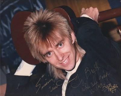 Eric Johnson signature
