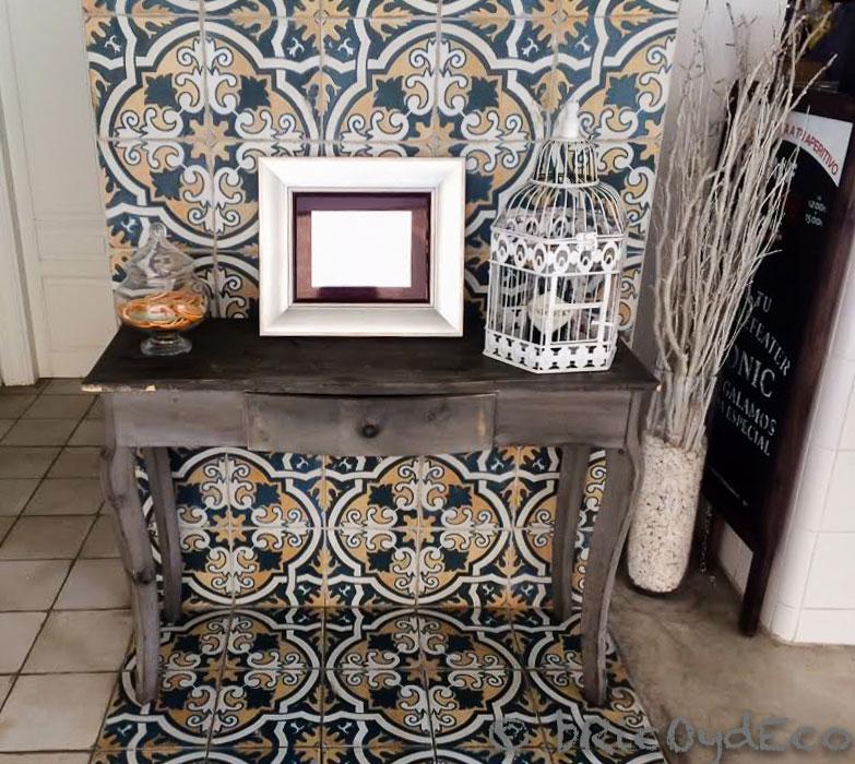decorar con baldosas hidráulicas el recibidor