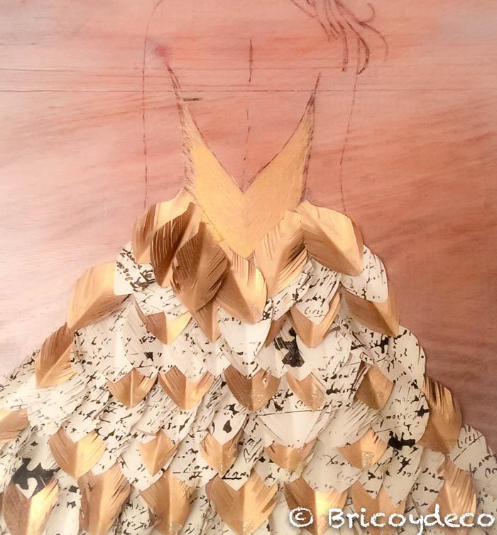 falda con plumas de papel