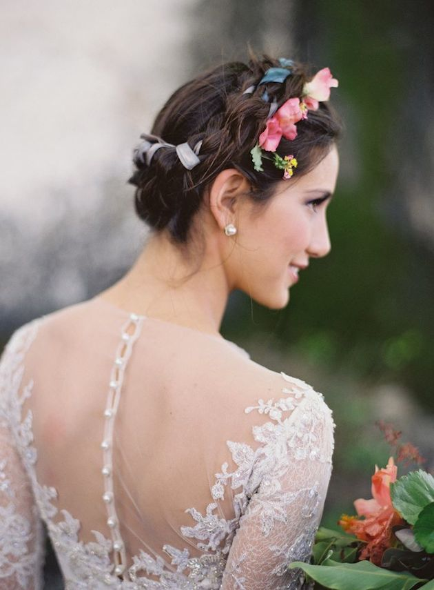 How to Wear a Bob for your Wedding   Bridal Bobs   Bridal Musings Wedding Blog 25