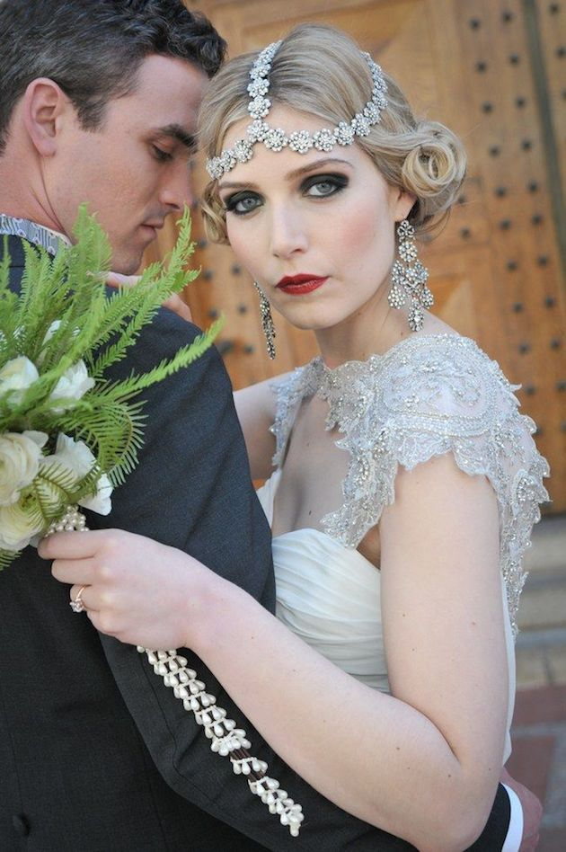 How to Wear a Bob for your Wedding   Bridal Bobs   Bridal Musings Wedding Blog 26