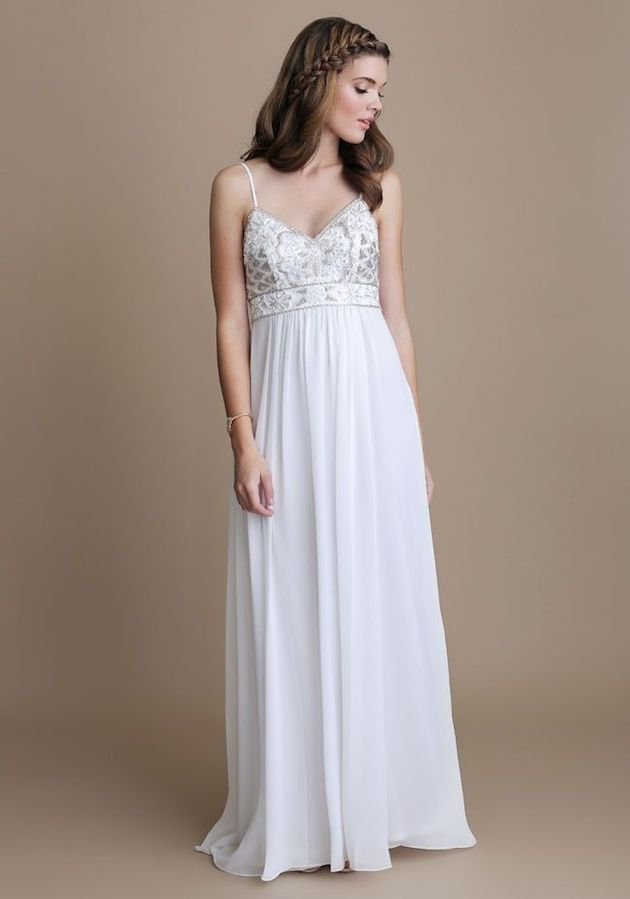 20 gorgeous wedding dresses for less than 1 000 crazyforus for Wedding dress for less than 100