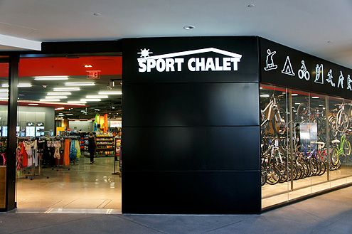 The new 27,000 square foot flagship Sport Chalet, designed by architect firm Gensler, is now open at FIGat7th in Downtown LA