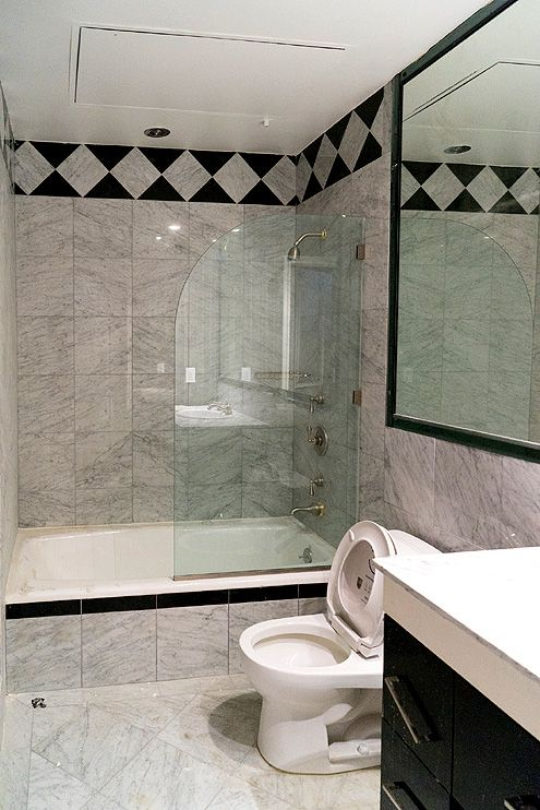 A marble tiled bathroom