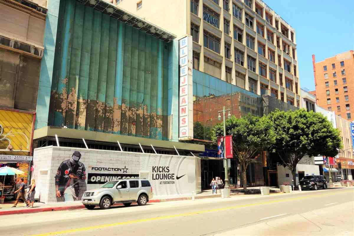 A brand new Footaction flagship store, which will include the new Nike Kicks Lounge, is slated to open in late 2016 on Broadway in Downtown LA