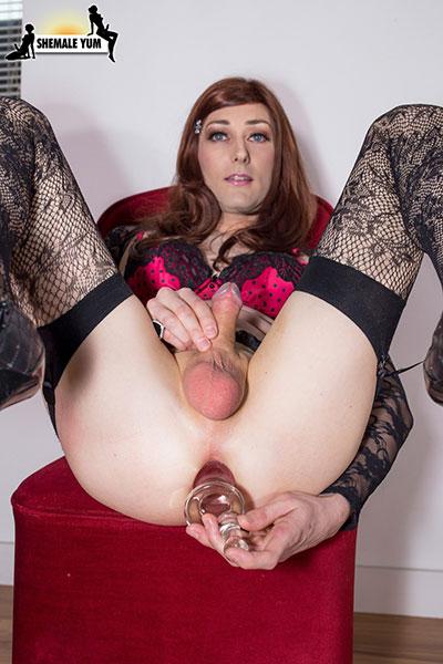 2 birmingham escort sluts sucking cock 7