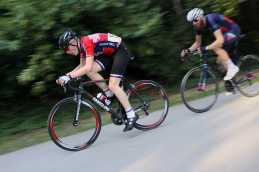 Fred Wright wins on Handsling Bikes RR1
