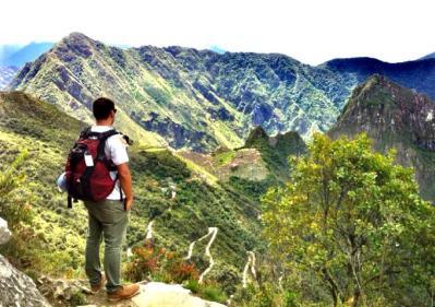 Contemplando a Cidade Perdida dos Incas - Machu Picchu