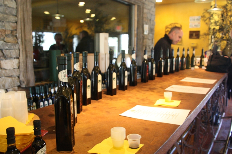 Olive Oil Tasting in Napa (3/4)