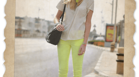 How To Wear Neon (According To Internet Fashion Hivemind)