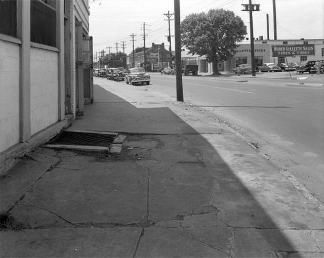 A sidewalk in Louisville. (Courtesy UL Photographic Archives)