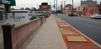 New sidewalks on Oak Street. (Branden Klayko / Broken Sidewalk)
