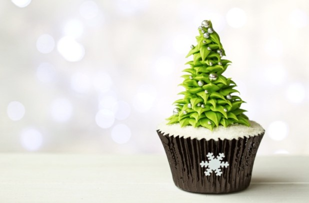 Elegant Christmas Tree Cupcake Recipe