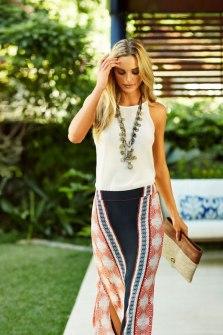 Tupi_Long_Skirt_Lifestyle