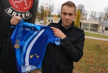 Mistrz dekorował pierwszych kolarskich medalistów