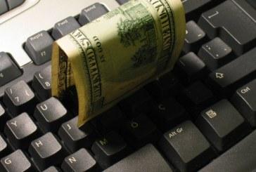 Polacy w czołówce narodów kupujących przez internet