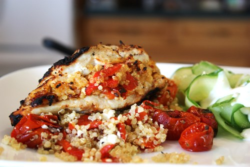 Roasted Red Pepper & Quinoa Stuffed Chicken Breast | bsinthekitchen.com