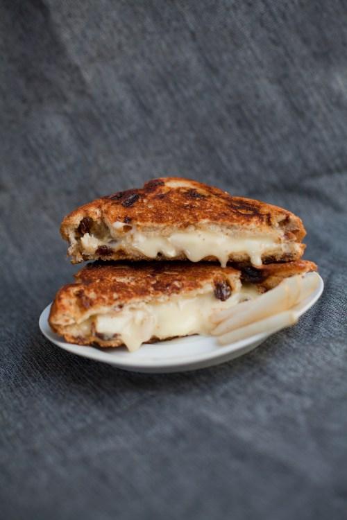 Brie & Pear Grilled Cheese   bsinthekitchen.com #grilledcheese #sandwich #bsinthekitchen