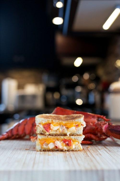 Lobster Grilled Cheese | bsinthekitchen.com #grilledcheese #lobster #bsinthekitchen