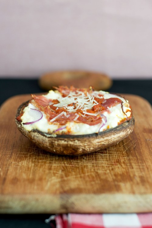"Italian Portobello ""Pizza"" | bsinthekitchen.com #pizza #lowcarb #bsinthekitchen"