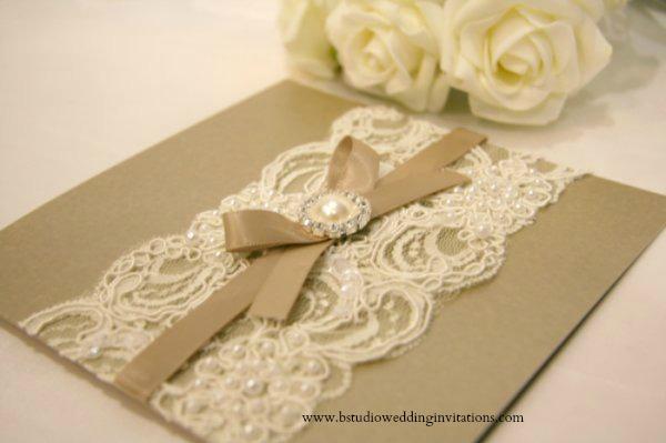 Vintage_Glamour_Lace_Wedding_Invitations_Card_1WM