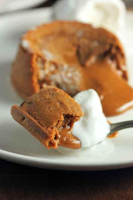 Molten Dulce de Leche Cakes | Brown Sugar