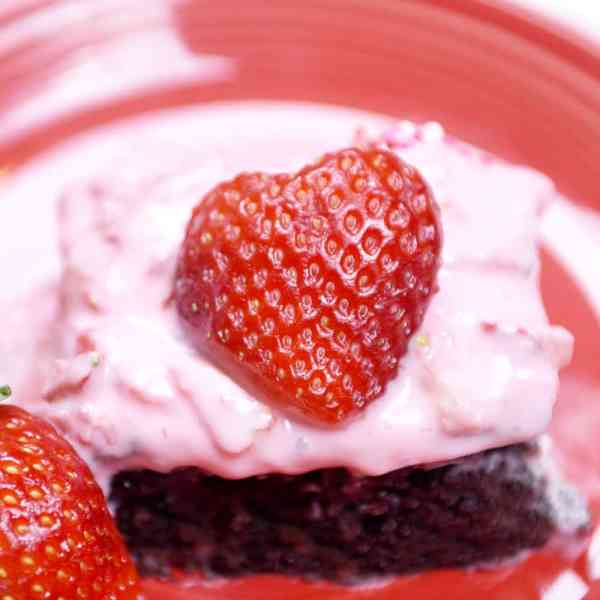 Dark Chocolate Strawberry Brownies.!!  Yummy Valentine dessert idea!