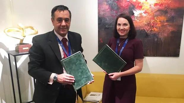 Alejandro Finocchiaro en reunión bilateral con la Ministra de Finlandia