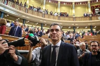 El socialista Pedro Sánchez se convirtió en el nuevo presidente del Gobierno español