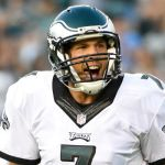 Sam Bradford signs two-year deal