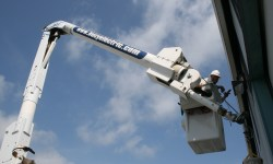 Bucy_Electric_Bucket_Truck_04