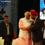 Narendra Modi and Milkha Singh at Surat Night Marathon 2014