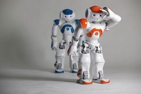 TOP 5  SOCIAL ROBOTS