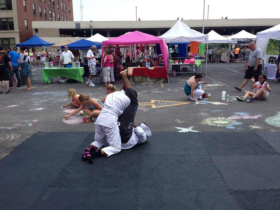 Jiu jitsu demonstration at 2014 Chalkfest