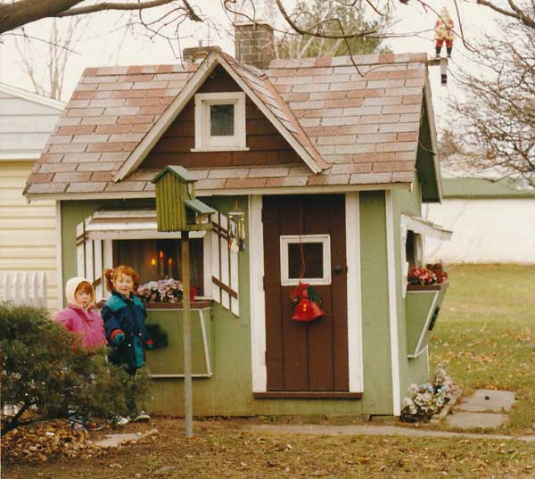 Free playhouse plans for Plans for childrens playhouse