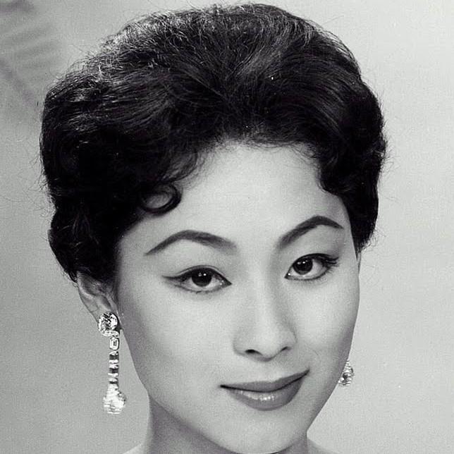Bijin de la semaine (26) : Akiko Kojima