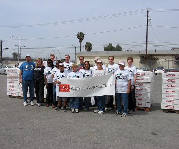 BU alumni in California volunteered at the Food Bank of Southern California in 2010. | Photo Courtesy the Boston University Alumni Association Flickr.