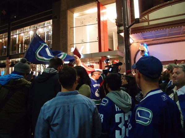 Canucks fans