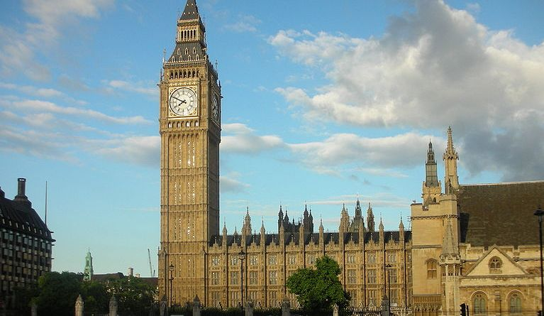 The Palace of Westminster in London, seen from Parliament Square. | Photo courtesy of user Italo-Europeo via Wikimedia Commons