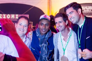 2015 people's champ Josh Capon (left) and 2016 judge -- and fashion plate -- Marcus Samuelsson chill in the Schweid & Sons tent.