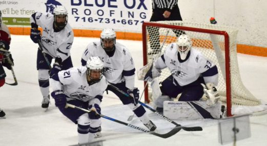 Niagara packs the crease with defenders. -- ALAN SAUNDERS
