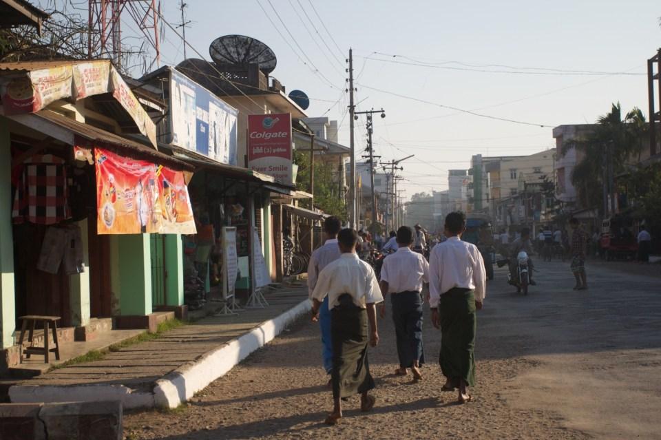 Burma 32