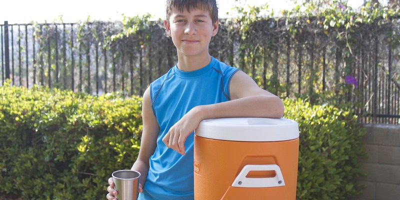 How to Keep Active Kids Hydrated