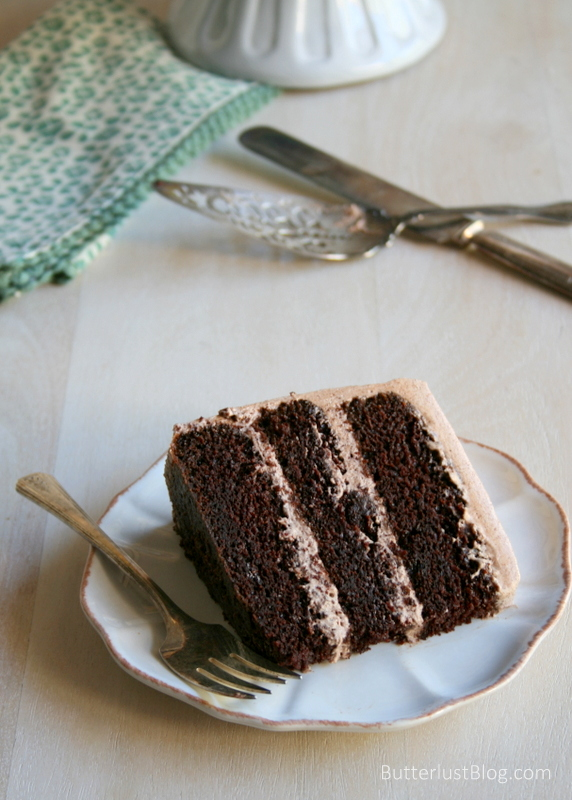 Cake With Chocolate Whipped Cream Frosting : Classic Layer Cakes: Chocolate with Chocolate Whipped ...