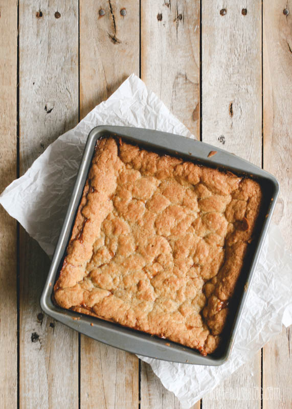 Salted Dulce de Leche Blondies | butterlust.com