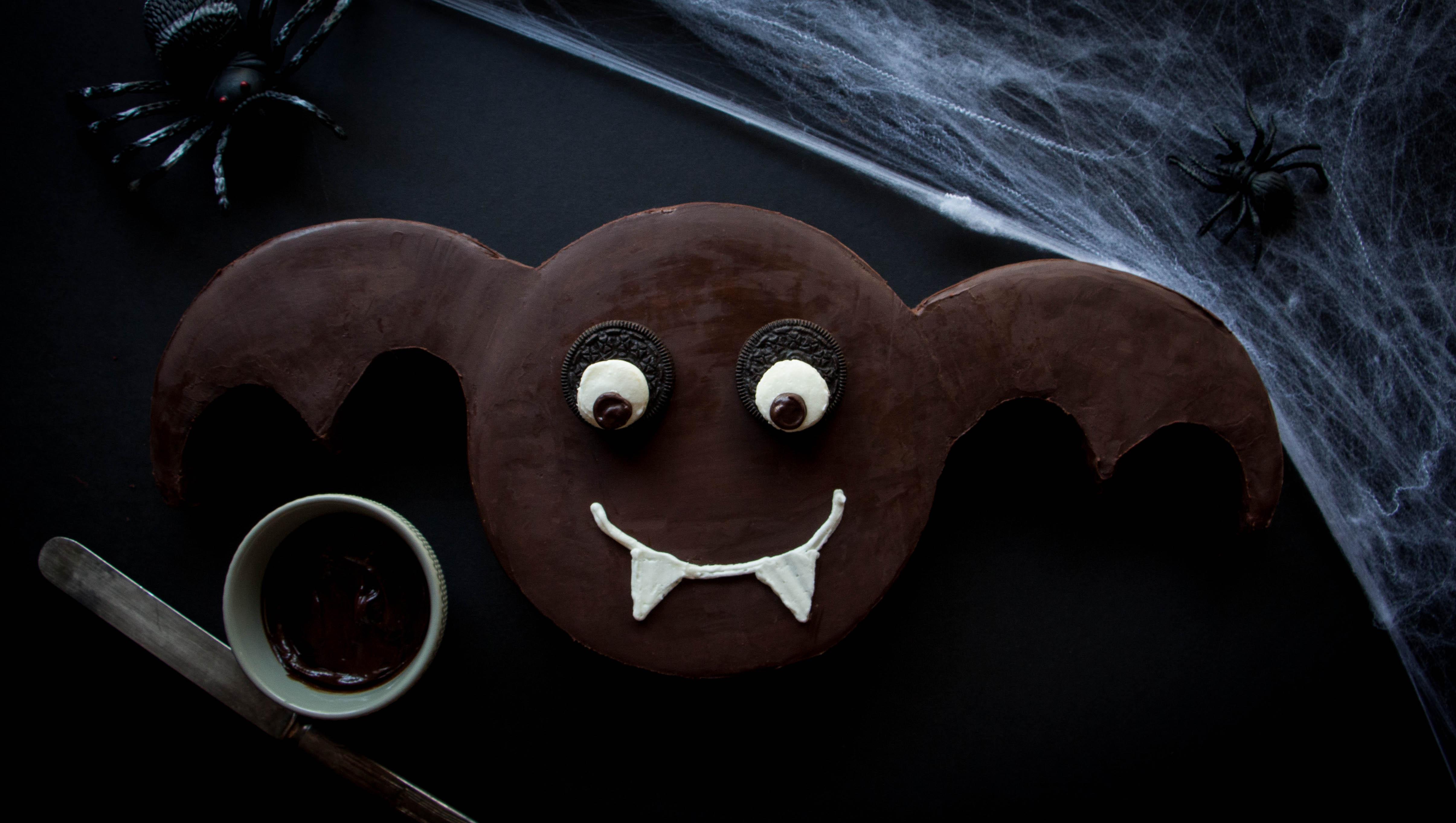 halloween-bat-cake-67-2