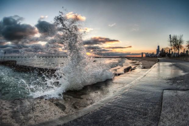 """""""Splash"""" image by Flickr user Shutter Runner"""