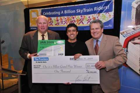Jot Kailay with TransLink CEO Tom Prendergast and Province publisher Kevin Bent. (Look at the size of that FareCard!)