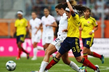 Female soccer players threaten to sue FIFA over fake grass